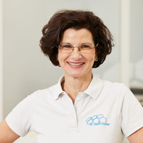 Dr. Steffi Escher